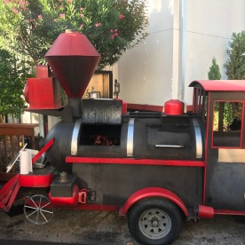 Locomotive BBQ Grill - on My Christmas list